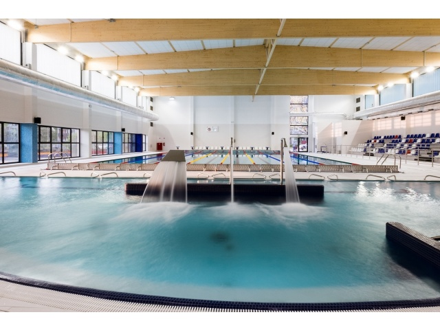 Kompleks basenów przy Zespole Szkół Ogólnokształcących nr 5 w Sosnowcu